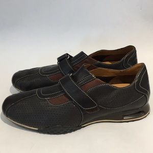 Cole Haan Nike Air sneakers size 8 m